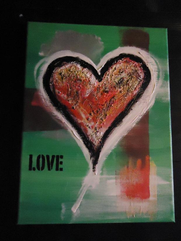 #LOVE-1 H: 40 cm  B: 30 cm